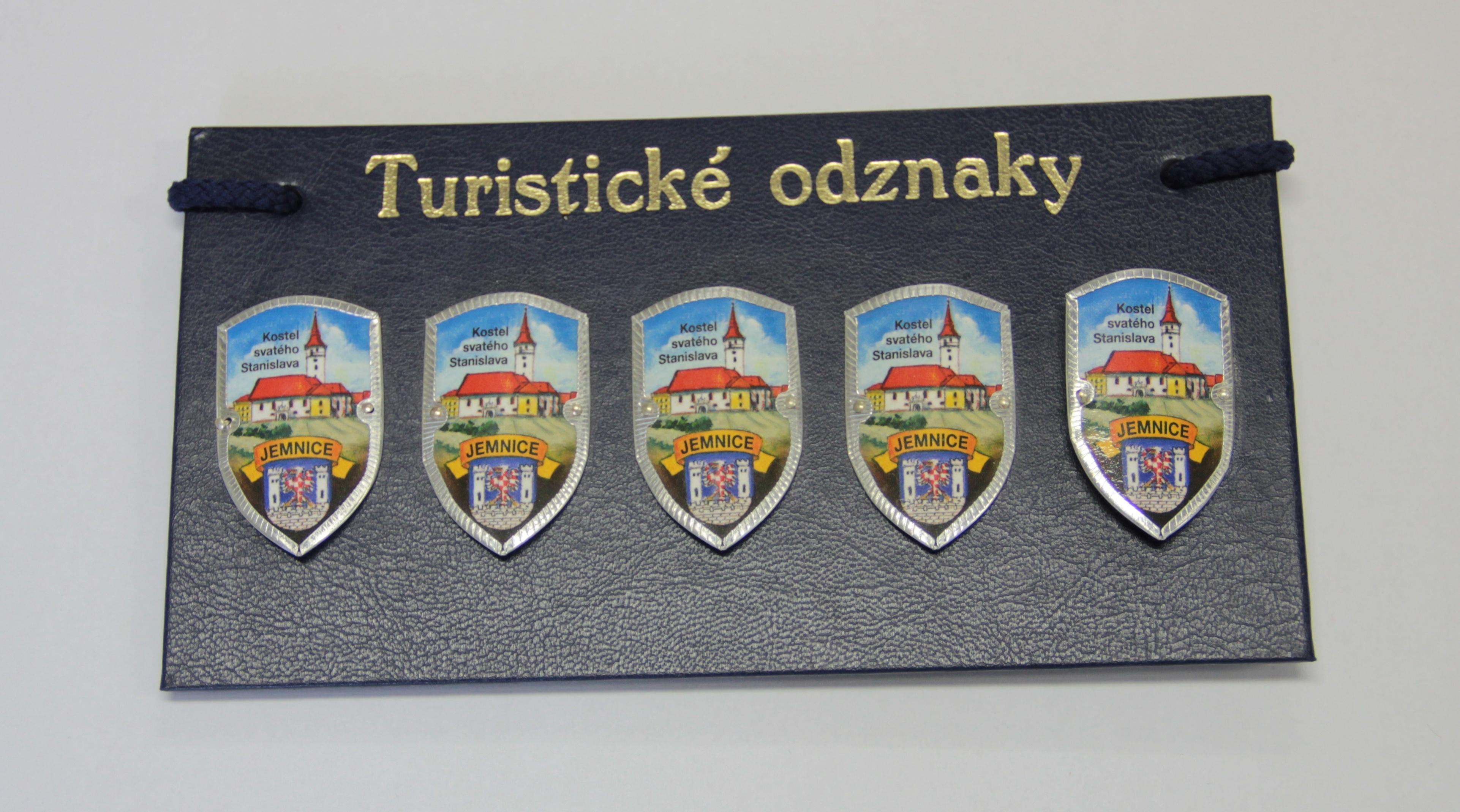 3c62136e1 Suvenýry : Turistické odznaky